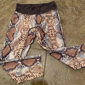 Snake skin yoga legging, never worn